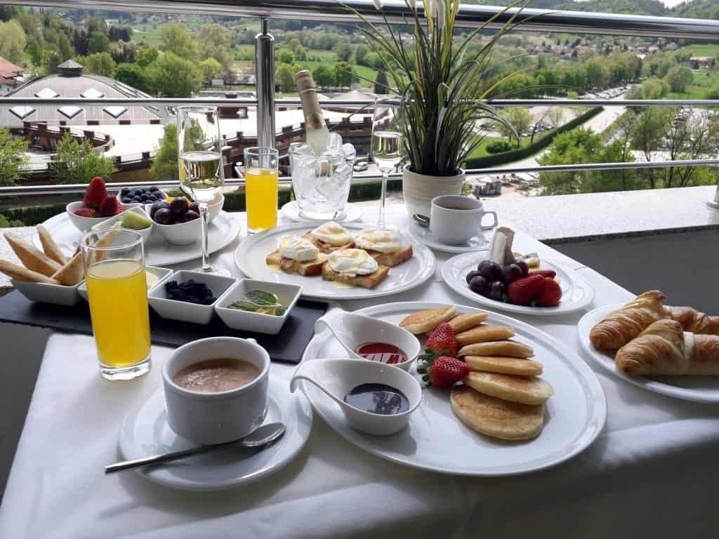 Champagne Breakfast - Hotel Villa Magdalena - Krapinske Toplice, Croatia